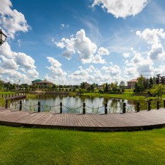 Панорама  малого озера , поселок Николино