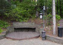 Полукруглая лавочка, поселок Николино